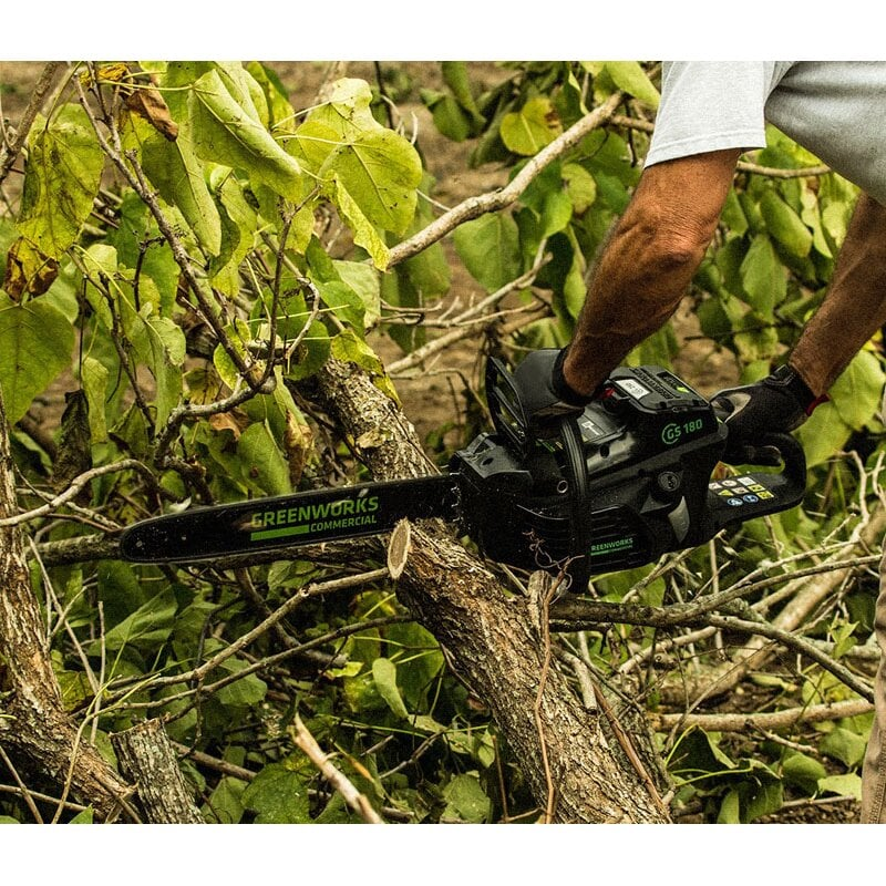 Пила Greenworks CS180 - купить аккумуляторную цепную пилу Greenworks CS180  (2001607) 82V Commercial длиной 45 см с доп гарнитурой 40 см в Москве